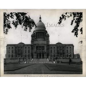 1945 Press Photo State Capitol of Rhode Island