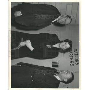 1943 Press Photo BERNICE WILLIAMS AMERICAN SONGWRITER - RRX93557