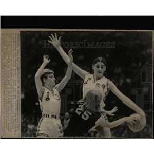 1969 Press Photo Denise Long,5-11,female drafted in NBA - RRW07427