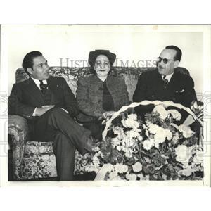 1938 Press Photo Fulgencio Batista Cuban Dictator Wife - RRX84599