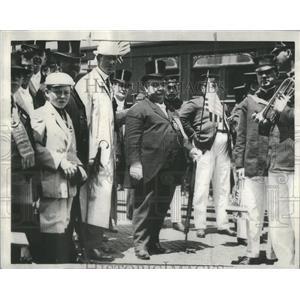 1932 Press Photo Robert Emmitt Burke - RSC32899
