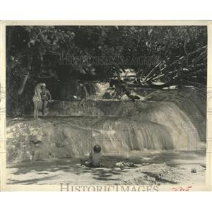 1962 Press Photo Jamaica's Dunn's River Falls - RRX83787