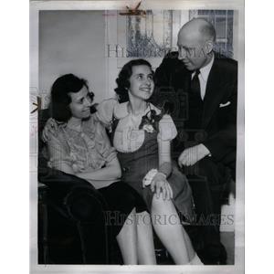 1938 Press Photo June Gumerson & family - RRX59841