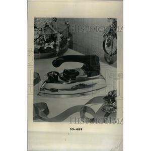 1956 Press Photo George Christmas Dry Iron Steam - RRX45505