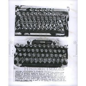 1955 Press Photo Standard and Electronic Typewriters - RRU10249
