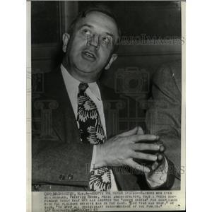 1943 Press Photo Ceilingward Prentiss Brown Price Press - RRW11873