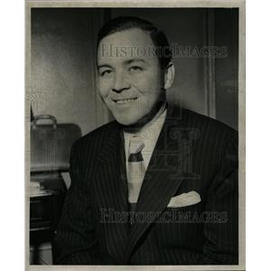 1951 Press Photo Douglas Leigh in Hotel Morrison Suite - RRX69741