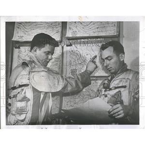 1952 Press Photo Jet Streams Kirschner Whitney Loren