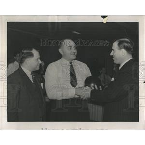 1941 Press Photo Al Lapp Sargent Wierbrelhans Jallber - RRX97143