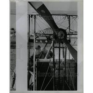1984 Press Photo pilot Ed Hoffman Benoist replica Coast