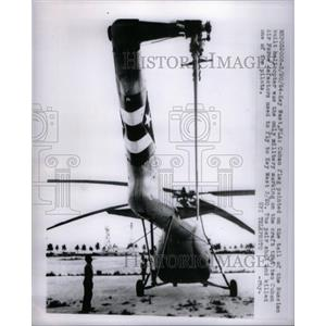 1954 Press Photo Cuban Flag Helicopter - RRX50071