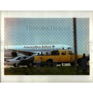 1993 Press Photo Bomb Threat On Ameerica West Plane - RRX11373