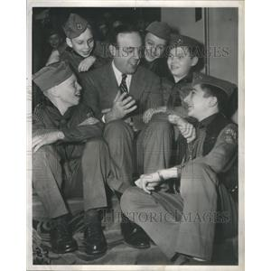 1953 Press Photo Chicago Alderman Robert E. Merriam Boy Scouts Troop 260 Visit