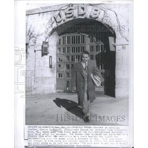 Press Photo Turncoat Edward Dickenson Released From Prison - RSC60937
