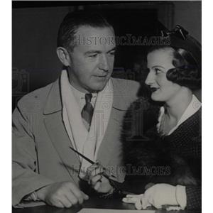 1932 Press Photo John Considine to wed Carmen Patages - RRW77405