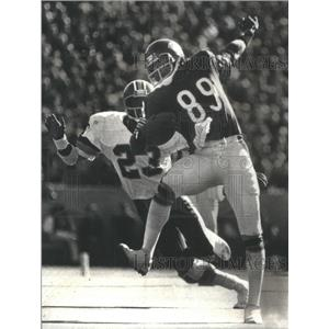 1980 Press Photo Chicago Bears James Scott Catch Pass Redskins Tony Peters