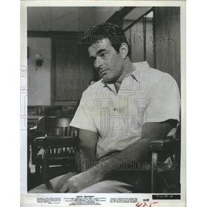 1964 Press Photo Actor Stuart Whitman stars in Shock Treatment. - RSH89097