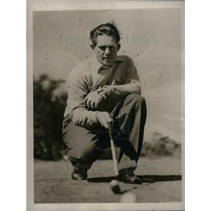 1940 Press Photo Cincinnati Reds Pitcher Paul Derringer Playing Golf
