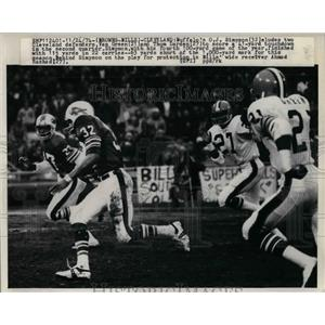 1974 Press Photo O.J. Simpson of Buffalo,Van Green and Thom Darden of Cleveland