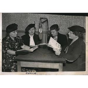 1937 Press Photo Eleanor Nicholson, Mercedes Howe, Catherine Erney, Gretta Brown