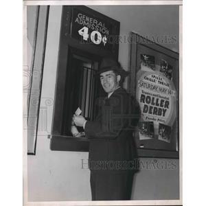 1938 Press Photo Peg O'Neil, Hockey Player