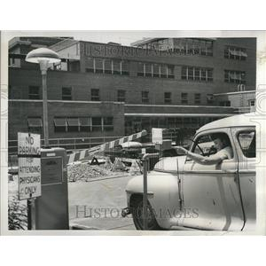 1955 Press Photo Children's Hospital Automated Parking