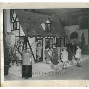 1948 Press Photo Princess Elizabeth Quality Fair House