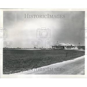 1960 Press Photo Aurora Airport Illinois Planes Parked
