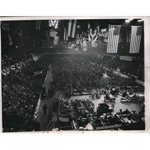1945 Press Photo American Legion opens convention. Chicago Illinois