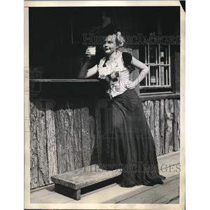1936 Press Photo Camp Fire Girls Adrianne Richards
