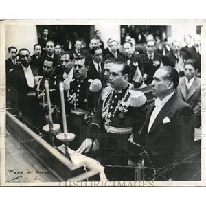 1944 Press Photo Col Gualberto Villarroel sworn as new Bolivian President