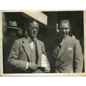 1926 Press Photo Fastest Human Charley Paddock Meets AAU Secretary Sawada