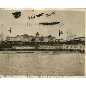 1918 Press Photo Budapest Hungary view of the Royal Palace