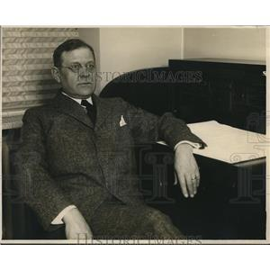 1927 Press Photo St. Lukes Hospital Superintendent Dr. E.S. Woods