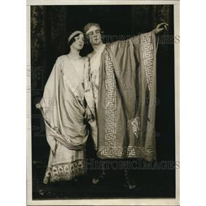 1928 Press Photo Raymond Ballard & Phyllis Mathews rehearsal of Hades Inc