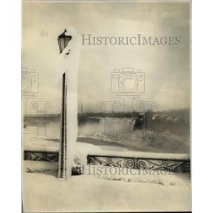 1931 Press Photo Niagara (American Side) in Winter