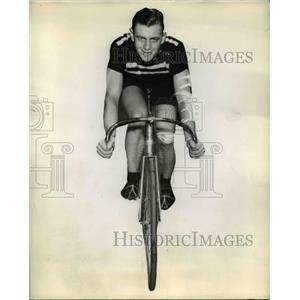 1939 Press Photo Doug Peden