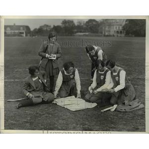 1931 Press Photo Scottish girls  hockey practice K Adams, I Park, E MCKerrow