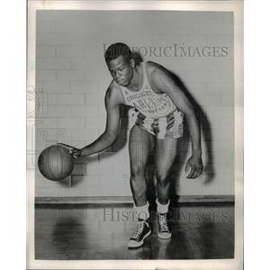 1956 Press Photo Jesse Coffey, Harlem Globetrotters Basketball Team