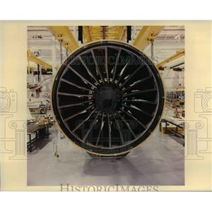 1995 Press Photo GE90 Composite fan blader; GE Aircraft Engine