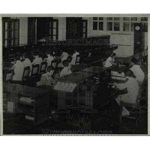 1934 Press Photo Telephone Operators of Netherlands Indies Telephone Admin. Java