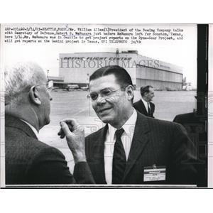 1963 Press Photo Mr. William Allen and Robert S. McNamara - nee01756