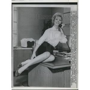 1961 Press Photo Chicago Belinda Johnston sec at Playboy Magazine