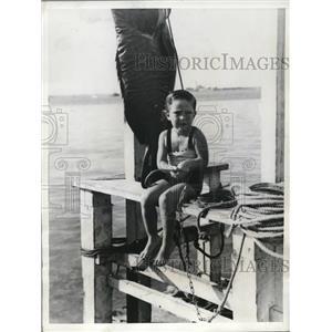 1935 Press Photo British Colonial Nassau Fishermen Miss Jean Robertson
