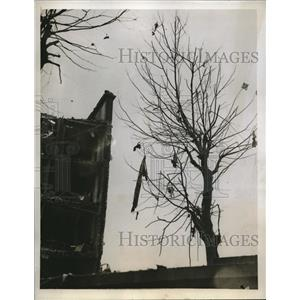 1944 Press Photo pieces exploded German robot flying bomb London, WWII