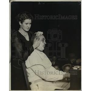 1925 Press Photo BG Burt being shaved  by Mrs Burt