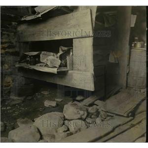 1922 Press Photo Cellar where body of Frances Kimball Was Found - nee07028