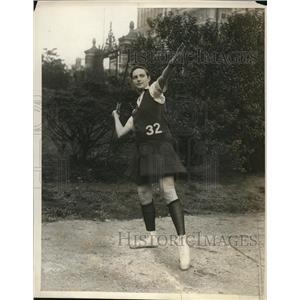 1929 Press Photo Edith Tompkins of NY javelin thrower - nes25868