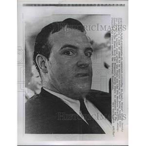 1968 Press Photo St. Louis Blues' coach Scotty Bownman wears a look of shock