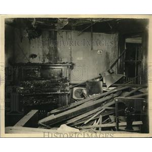1930 Press Photo The lower room of the exploded Luke Duffy home - nee17441